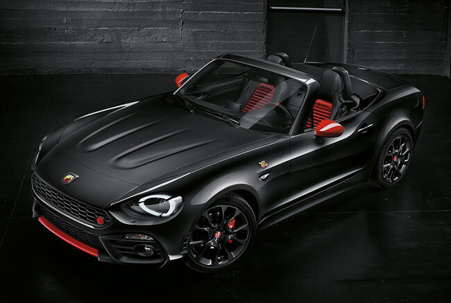 Abarth_124_Spider Nero32.jpg